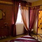 Chambre d'hôtes L'Orientale avec lit à baldaquin - Meuse